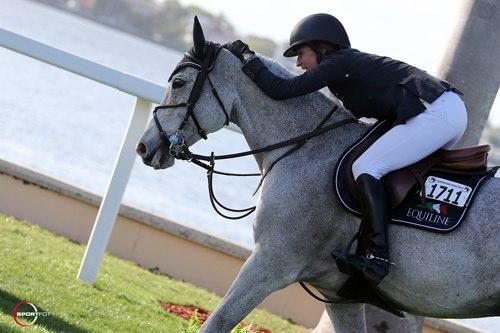 Laura Kraut und Cedric freuten sich über ihren Sieg! © Sportfot - www.us.sportfot.com