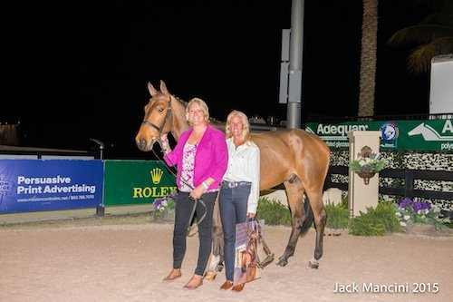 VDL Gambo with new owner Vicky Castegren and Lisa Jacquin. © ManciniPhotos