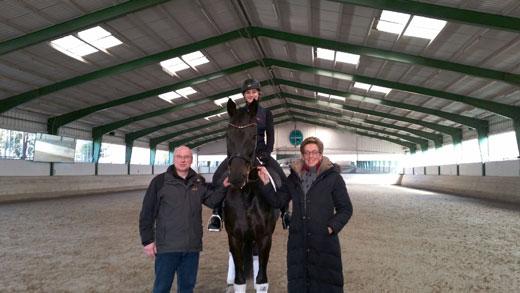 Oeps Dressurtalente Trainierten Mit Olympiasiegerin Heike Kemmer Equestrian Worldwide Pferdesport Weltweit Eqwo Net