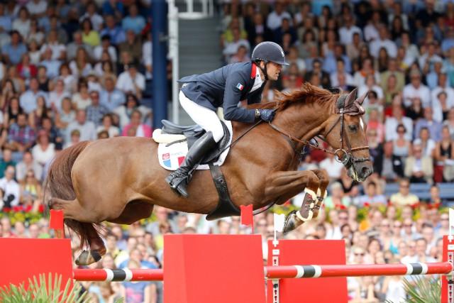 Von Platz 14 auf Platz drei: Simon Delestre war überwältigt von seine Bronzemedaille mit Ryan des Hayettes. © Stefano Grasso