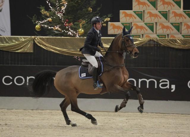 Sönke Kohrock (GER) und iWest Cascari wurden Dritte im CSI2* Sportland Salzburg Grand Prix. © Fotoagentur Dill