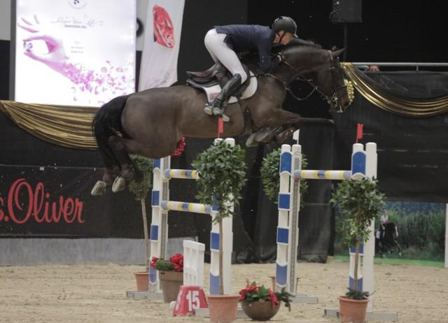 Max Kühner (AUT/T) und Cornet Kalua sicherten sich Rang eins im CSI2* Sportland Salzburg Grand Prix. © Fotoagentur Dill