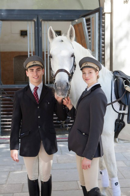 Die Spanische Hofreitschule Sucht Nachwuchstalente Equestrian