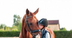 Die Arbeit an den Stärken von Reiter und Pferd ist in allen Disziplinen besonders wichtig. © Shutterstock / Elizabeth Anna Photography