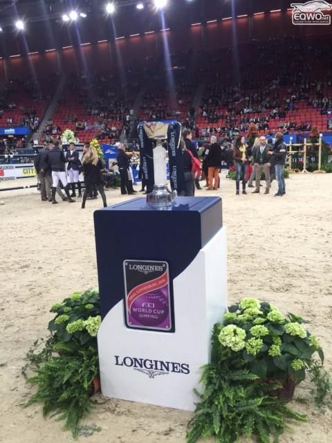 Darum geht's: Die Trophäe für den Longines FEI World Cup™ Jumping Sieger. © EQWO.net