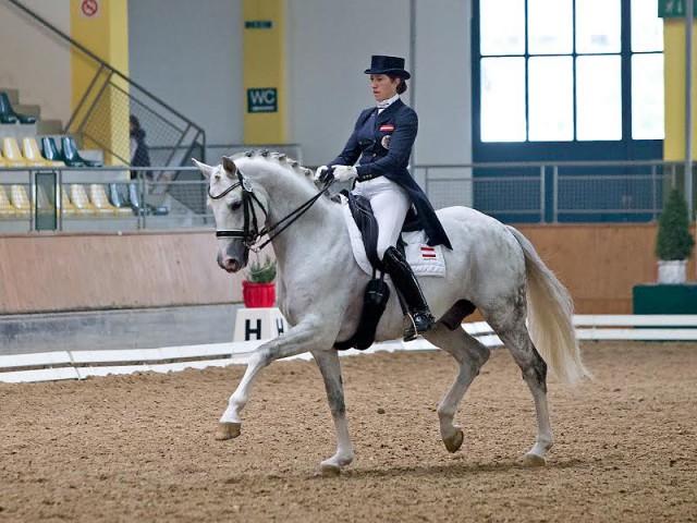 Waren mit 72.053% im Prix St. Georges nicht zu schlagen: Auheims Del Magico FRH (v. Demaggio) mit seiner Reiterin Stephanie Dearing. © Michael Rzepa