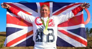 """Olympiasieger Nick Skelton (GBR) und sein Groom Mark Beever wurden heute mit den FEI Awards in den Kategorien """"Best Athlete"""" und """"Best Groom"""" geehrt. © FEI Photos"""