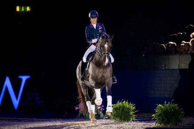 Valegro wurde heute bei Olympia, The London International Horse Show, offiziell von Charlotte Dujardin aus dem Sport verabschiedet. © Jon Stroud