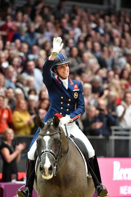 Mit ihrer Gold-Kür von den Olympischen Spielen in London 2012 bezauberten Valegro und Charlotte Dujardin auch heute wieder. © Kit Houghton
