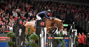 Great day for dutch rider Harrie Smolders. © London Olympia