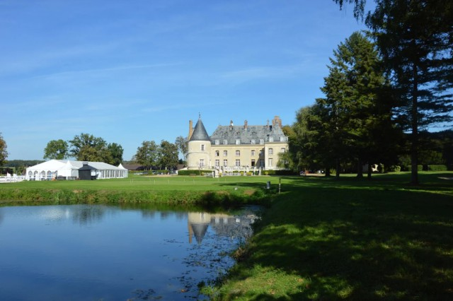 The Royal Jump is a brand new eventing and showjumping show at the Château de Bertichères, France. © RBpresse