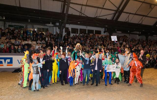 Der RuFV Kisdorf, Henstedt-Ulzburg und Umgebung gewann bei seiner Premiere gleich den Volksbanken Raiffeisenbanke und easyCredit Show-Wettbwerb. ©Thomas Hellmann)