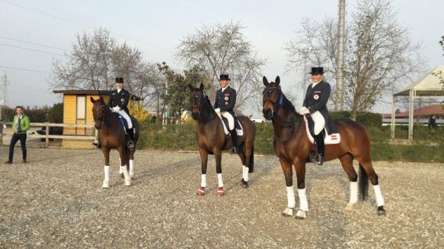 Die stolze Gewinnerin und die Platzierten - Belinda Weinbauer, Ulrike Prunthaller, Christian Schumach.  ©  Privat