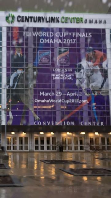 Das CenturyLink Center in Omaha ist unverkennbar der Austragungsort vom Weltcupfinale. © Alex Stork