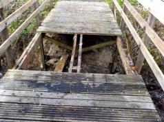 Die Holzbrücke, durch welches ein Pferd am Ostermontag stürzte, war im Vorfeld manipuliert worden. © FF Schiffdorf