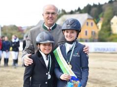 Eva Saurugg und Jasmin Pirker belegten Platz eins und zwei bei den Einsteigern. © Alpenspan