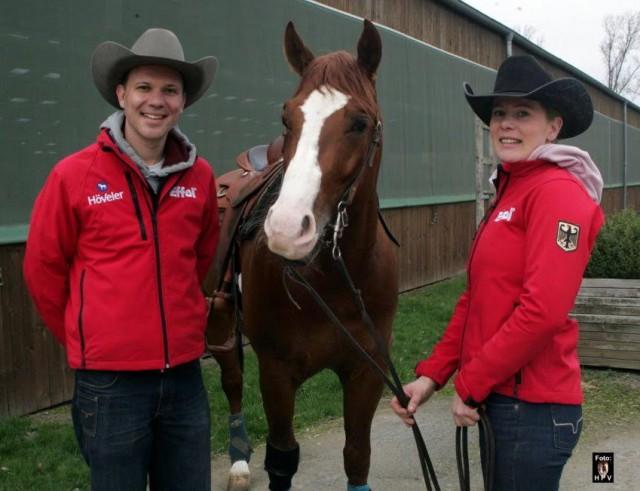 Verena Klein wird von ihrem Bruder Daniel auf der Riverlane-Ranch unterstützt. © hpv