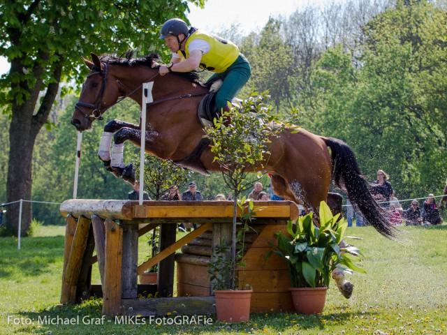 Platz drei derzeit auch in österreichischer Hand: Der Steirer Robert Mandl und Sacre Coeur greifen mit derzeit 51,40 Punkten ebenfalls nach einer Platzierung. © Michael Graf