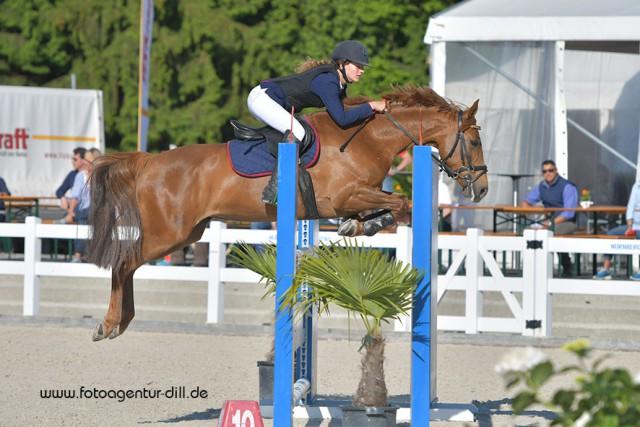 Ludovica Goess-Saurau (AUT/B) und Lilly Vanilly holten Platz drei in der Pony Small Tour bei den Amadeus Junior Specials in Lamprechtshausen. © Fotoagentur Dill