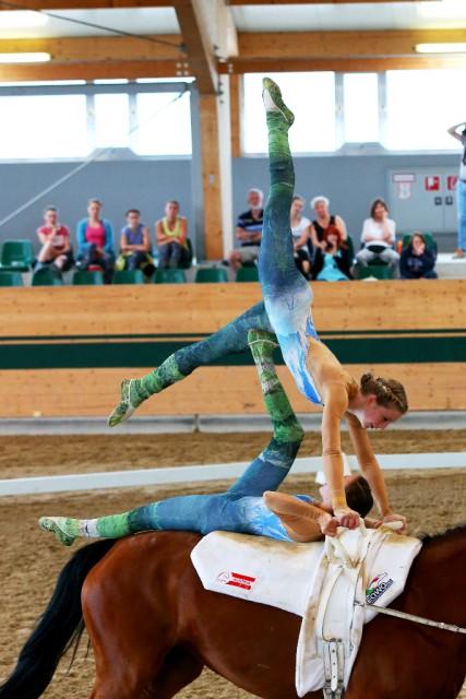 Mit einem Score von 7,275 belegte das Juniorenteam aus Seefeld (T) den tollen zweiten Platz beim CVIO Austria in Ebreichsdorf. © Andrea Fuchshumer