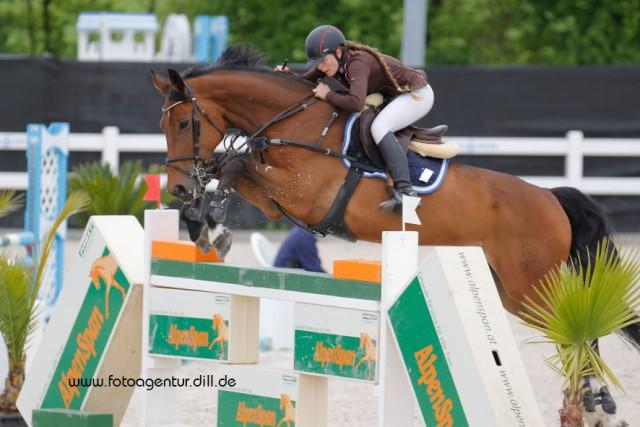 Michele Ruth löste in Lamprechtshausen ihr Ticket für das EY Cup Finale bei der Mevisto Amadeus Horse Indoors. © Fotoagentur Dill