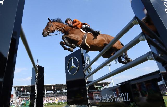 Ihr könnt den Mercedes-Benz Nationenpreis der Springreiter beim CHIO Aachen dank Mercedes-Benz live erleben! © Mercedes-Benz / GES Sportfoto