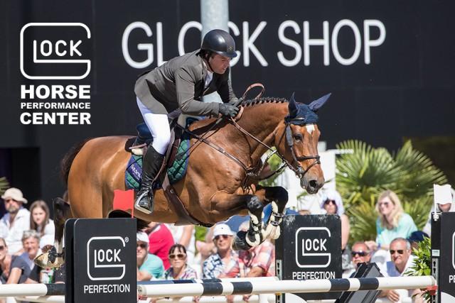 Cian O'Connor (IRL)  holte sich mit Skyhorse Platz drei im GLOCK's 5* Grand Prix und krönte damit ein mehr als erfolgreiches Wochenende im GHPC. © Michael Rzepa
