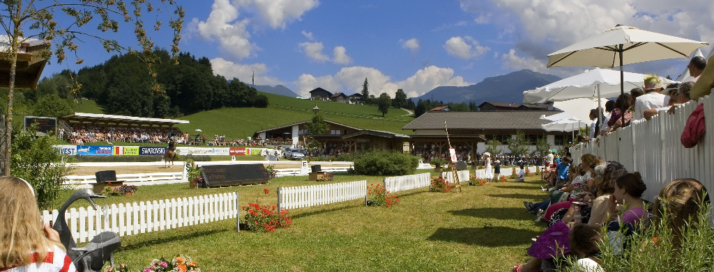 Dressur: Max-Theurer in Fritzens im Grand Prix Dritte   Tiroler
