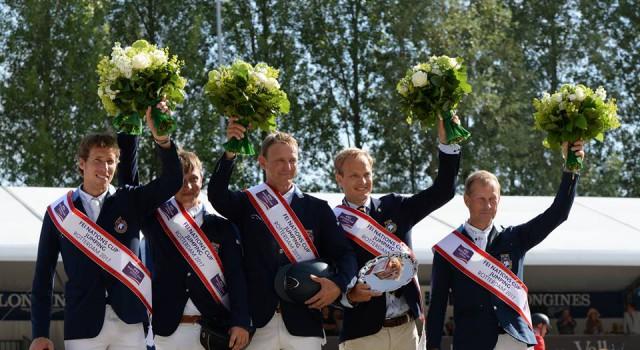 Strahlende Sieger beim CHIO Rotterdam: Das schwedische Nations Cup Team. © Facebook CHIO Rotterdam