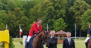 Felix Vogg und Onfire galoppierten souverän auf Platz eins. Mit seinem zweiten Pferd Colero belegte der Schweizer bei den Horse Trials in Wiener Neustadt in der 2-Sterne Vielseitigkeit den zweiten Platz. © Michael Graf