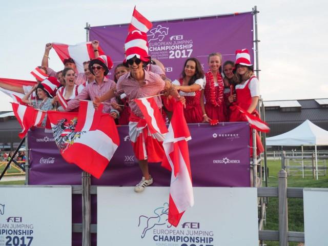 Team Austria ist hoch motiviert für die Europameisterschaft der Jungen Reiter, Junioren und Children in Samorin (SVK). © privat