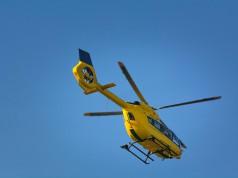 Die Reiterin musste mit dem Hubschrauber ins Krankenhaus gebracht werden, wo sie ihren Verletzungen erlag. © Eddie100164 / Shutterstock