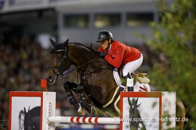 Gar nicht zufrieden mit ihrer zweiten Runde auf Sterrerhof's Cayetano Z bei den Europameisterschaften war Julia Kayser. © Stefan Lafrentz