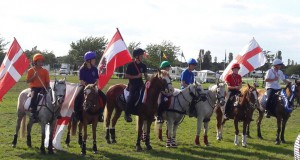 Nach einem spannenden Stechen gegen eine englische Reiterin reichte es für Marvin Lorenz (OÖ) für den großartigen 6. Platz bei der Mounted Games WM 2017. © privat