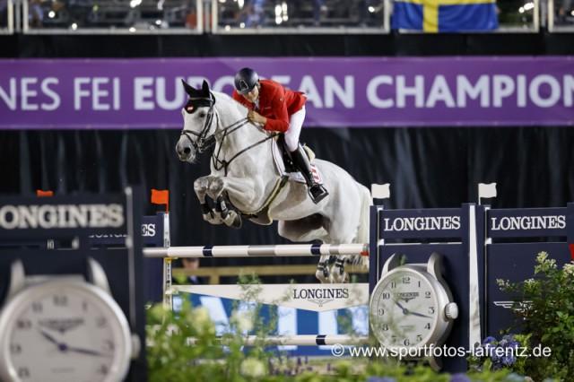 Mit lediglich fünf Fehlerpunkten kamen Christian Rhomberg und Saphyr Des Lacs heute aus der zweiten Runde im Teamspringen bei den Europameisterschaften in Göteborg (SWE). © Stefan Lafrentz