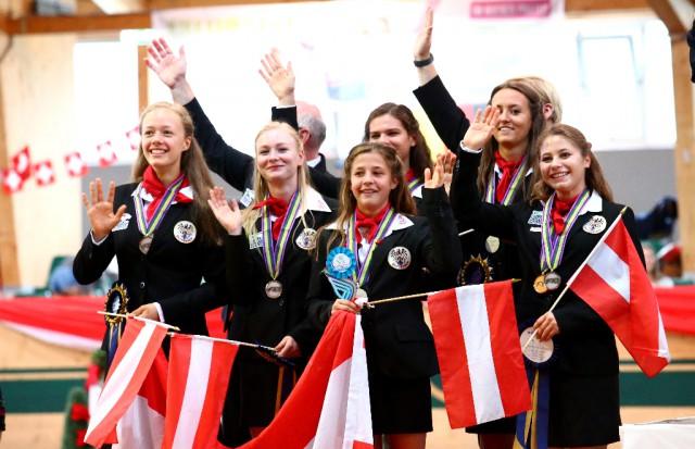 YES! WM Silber für die Juniorengruppe vom Club 43 (NÖ). © Andrea Fuchshumer