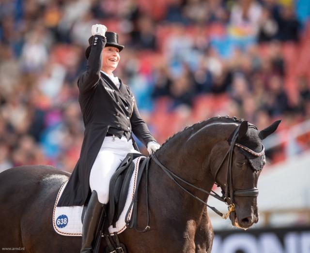Sie ist das Maß aller Dinge! Die sechsfache Olympiasiegerin und nunmehr 16-fache Europameisterin Isabell Werth (GER). © Arnd Bronkhorst