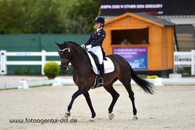 Eva Vavrikova (CZE) belegt Platz zwei in der Junioren Tour um den Preis der Firma Fixkraft in Lamprechtshausen. © Fotoagentur Dill