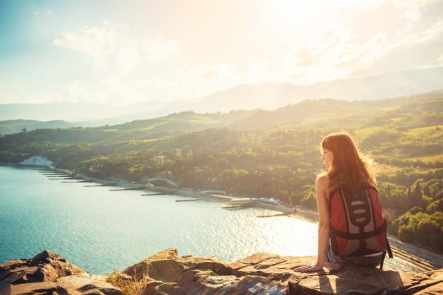 Zur Abwechslung auf einen Berg oder einfach in die Natur gehen macht den Kopf frei. © Shutterstock | Alex Master