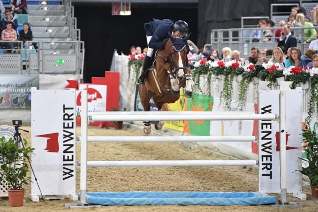 Benjamin Wulschner (GER) holte den Sieg im Hauptspringen von Tag 02 beim CSI Arena Nova, dem Christian Salaba Gedächtnisspringen um den Preis von Wien Wert. © Horse Sports Photo