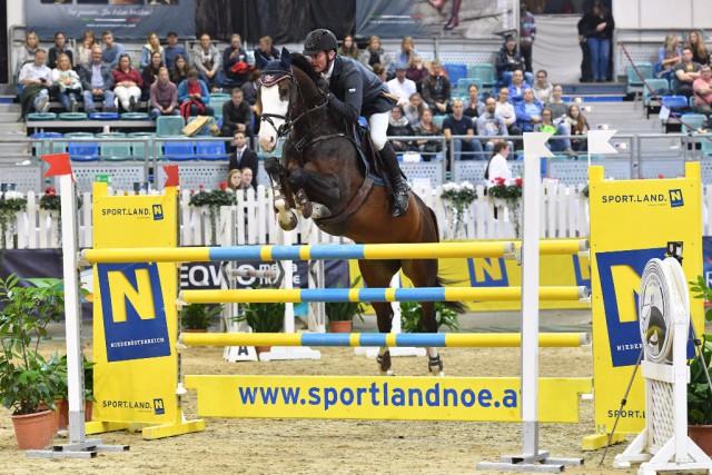 Sieg in der Kleinen Tour für Christian Juza (S) und Lena 490. © Horse Sports Photo