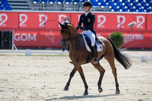 ++UPDATE++ B-Probe von Julia Krajewskis EM-Pferd positiv, Deutschland verliert Silbermedaille