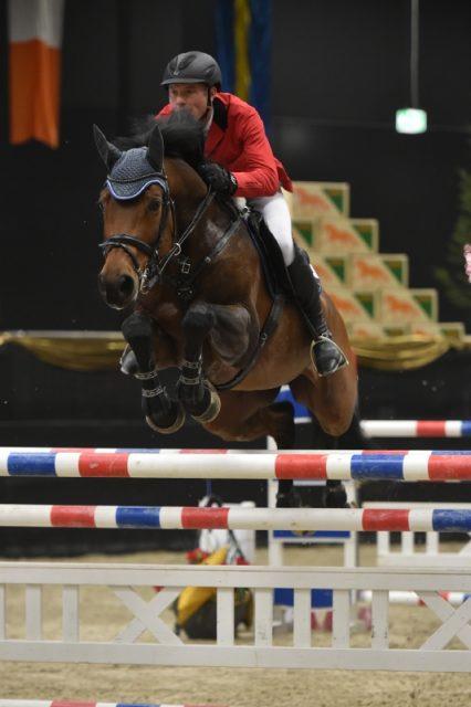 Die Zweitplatzierten des Messezentrum Grand Prix Salzburg auf der Amadeus Horse Indoors in Salzbug: Roman Duchac und Quietime. © Fotoagentur Dill