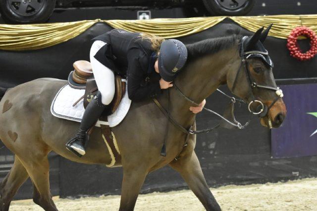 Glückliche Sieger: Theresa Hirnböck (S) und Ramino's Boy. © Fotoagentur Dill