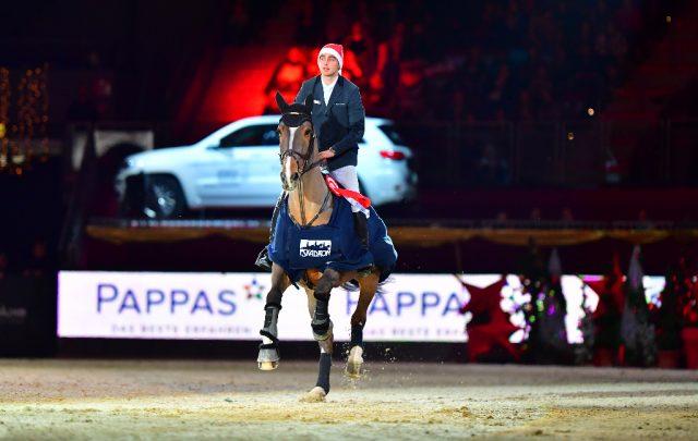 Marcel Marschall (GER) und Fenia Van Klapscheut waren die umjubelten Sieger im PAPPAS Championat bei der Amadeus Horse Indoors. © im|press|ions - Daniel Kaiser