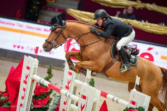 Top in Form! Gerco Schröder (NED) und sein Olympiapferd Glock's London sprangen souverän zum Sieg im Sportland Salzburg Grand Prix bei der Amadeus Horse Indoors 2017. © Michael Graf