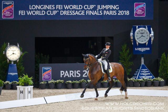 Belinda Weinbauer (B) und Söhnlein Brilliant MJ werden 13. bei ihrem ersten Weltcupfinale in Paris. © OEPS/Tomas Holcbecher