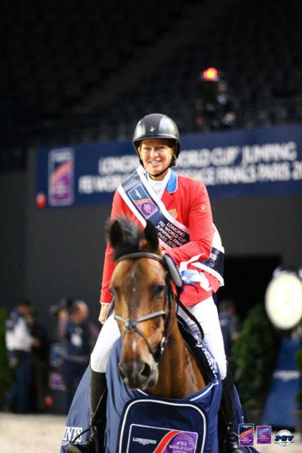 Die Queen of Paris: Beezie Madden gewinnt auch die zweite Wertungsprüfung des Weltcup Finales der Springreiter in Paris.© PSV-J-MOREL