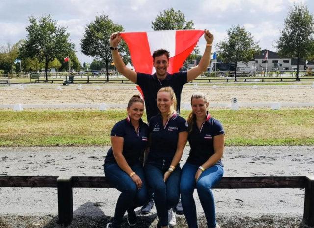 Daumen halten für Team Austria bei der U25-Em in Exloo (NED): Oliver Valenta, Diana Porsche, Karoline Valenta & Franziska Fries. © privat