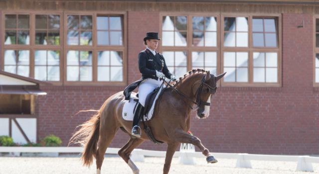 Die Sieger im Grand Prix Special, Juliette Ramel/SWE und Buriel K.H. © Michael Rzepa
